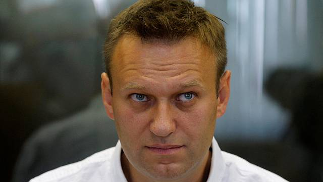 Russia's Supreme Court sends Navalny case for retrial