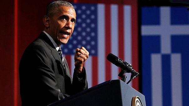 A Athènes, Obama défend la démocratie