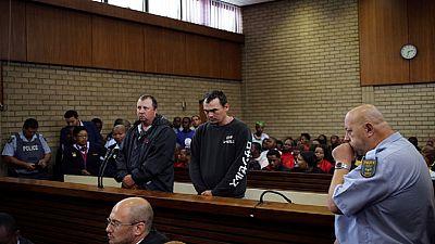 Deux fermiers blancs jugés pour avoir voulu enfermer vivant un Noir dans un cercueil