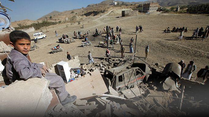 Jemen: Bomben gegen Zivilisten - UN warnt vor Hungersnot