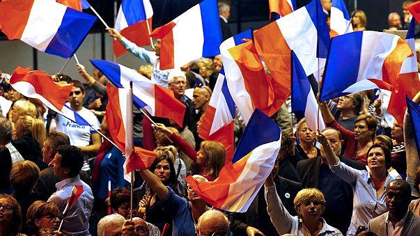 Présidentielle en France : la candidature de Macron, le QG de Le Pen, la primaire à droite