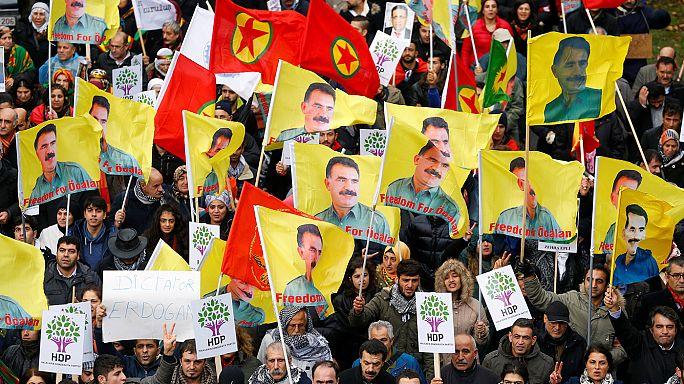Protesters demonstrate against Erdogan in Brussels