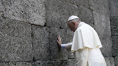 'Build bridges not walls' - Pope urges DRC's political players