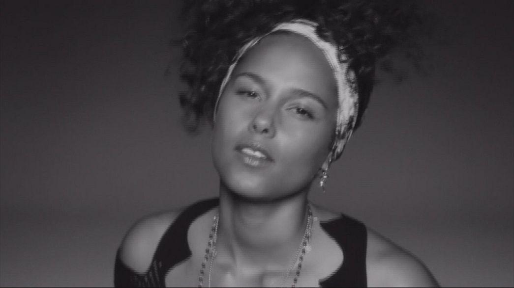 """""""Here"""": Alicia Keys está """"aqui"""" com um novo disco"""