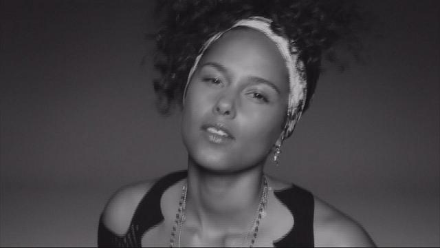 "Alicia Keys is ""right here, right now"""