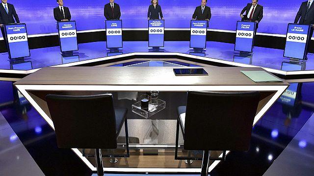 Francia: domenica le primarie della destra. Favoriti Juppé, Fillon e Sarkozy