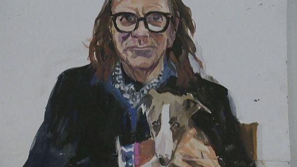 Quince artistas retratan a sus mascotas para una exposición en Canberra