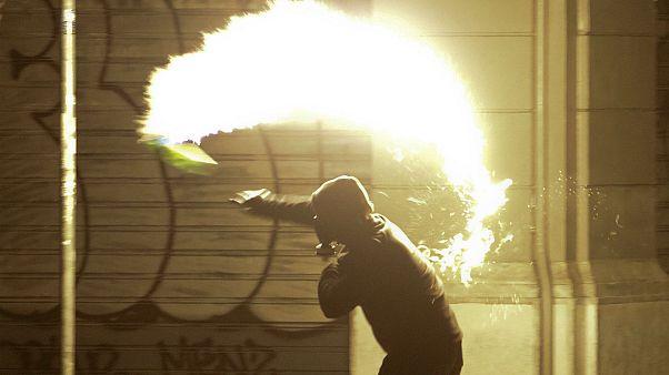Ελλάδα: Κατηγορίες σε 13 συλληφθέντες για τα επεισόδια της 17ης Νοεμβρίου
