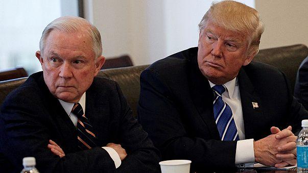 Trump continua a compôr a sua administação