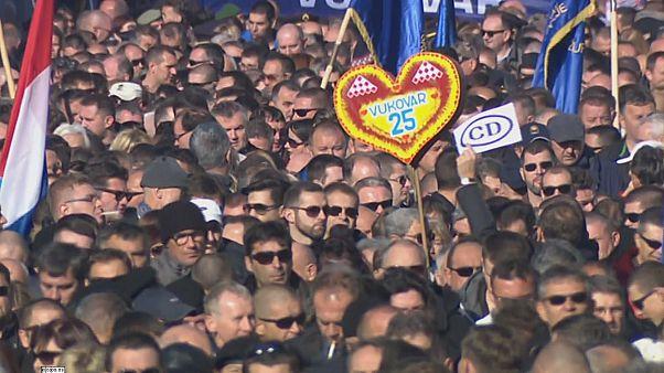 مراسم بزرگداشت قربانیان کشتار شهر ووکوار در کرواسی