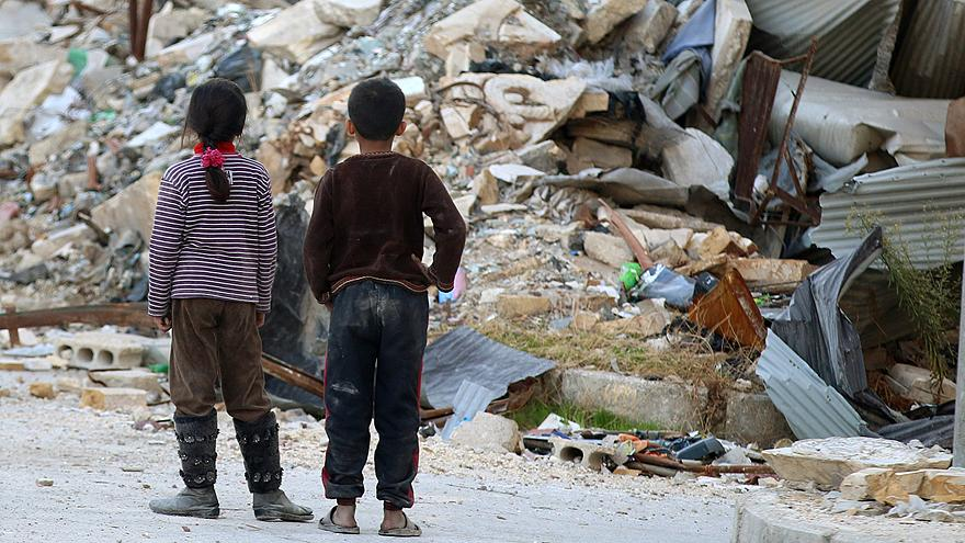 Síria: Hospital pediátrico bombardeado na zona rebelde de Alepo
