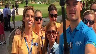 Mannequin Challenge pour groupe de golfeurs