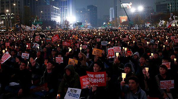 Massenproteste für und gegen Südkoreas Präsidentin Park
