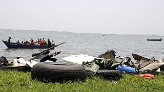 Au moins dix morts dans un naufrage en Ouganda