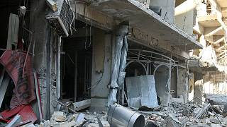 مرگ و زندگی در حلب؛ کودکان سوری در میان آوار