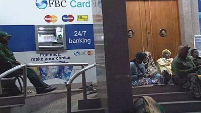 Zimbabwe : grave pénurie d'argent
