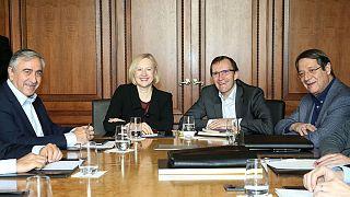 İsviçre'de düzenlenen Kıbrıs müzakerelerinin ikinci turu başladı