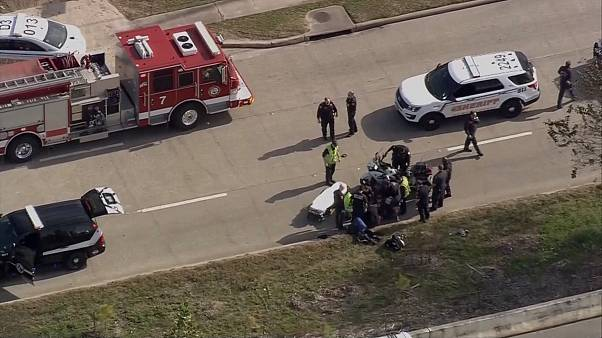 Three police officers shot in Houston while serving warrant