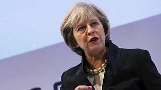 Regno Unito: la May annuncia tassa sulle imprese al 15%