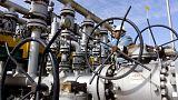 Energia: Petróleo negociado em máximos de três semanas