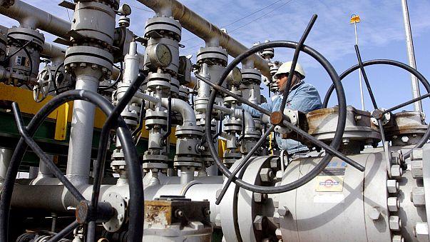 Ölpreis steigt angesichts möglicher Produktionskürzung