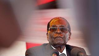 Zimbabwe: Robert Mugabe announces retirement