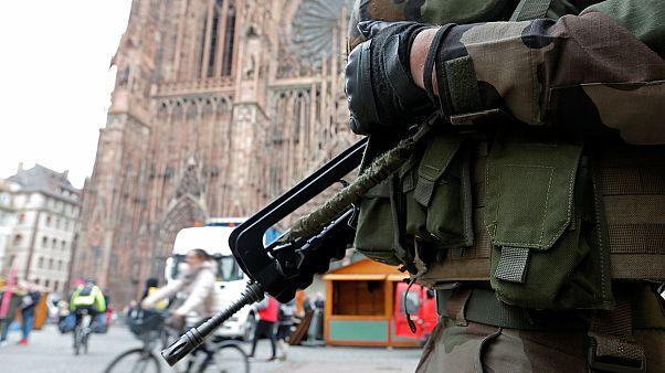 Terrortámadást hiúsítottak meg két francia városban