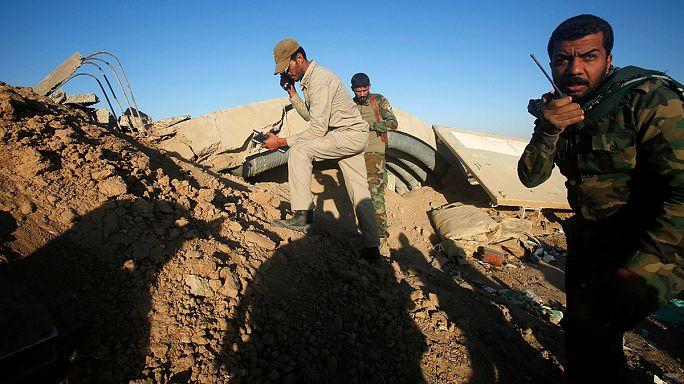 Shia militia in Iraq move to cut off Mosul supply route