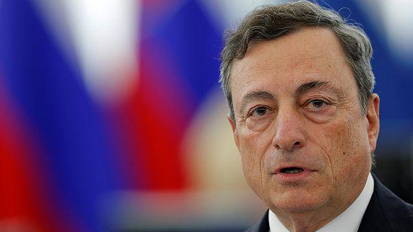 """Eurozona: Draghi """"crescita trattenuta da mancanza di riforme strutturali"""""""