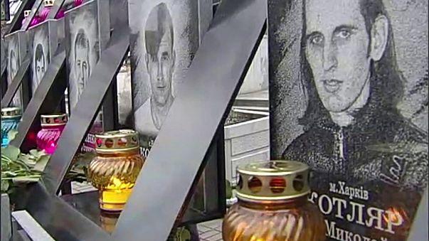 Ukrayna'da meydan olaylarının yıl dönümünde Rus bankasına saldırı