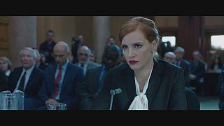 """Knallhart, aber auch verletzlich: Jessica Chastain ist """"Miss Sloane"""""""