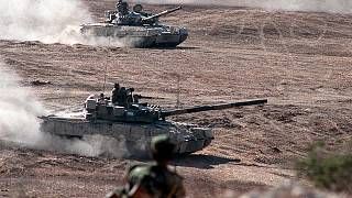 Ενίσχυση της πανευρωπαϊκής συνεργασίας στην Άμυνα ζητούν οι ευρωβουλευτές