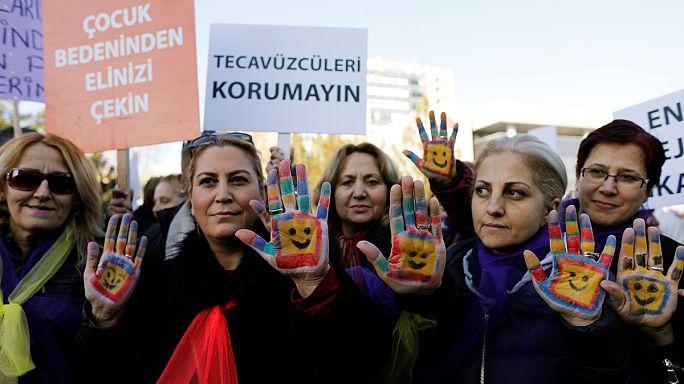 Turquía reexaminará la ley para suspender penas a los abusadores de menores si se casan con sus víctimas