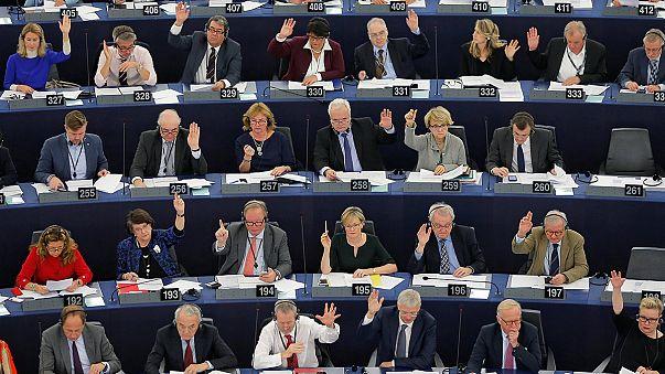 A török uniós csatlakozási tárgyalások befagyasztására szólít fel az EP