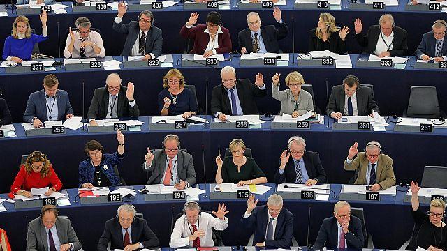 Parlamento Europeu quer congelamento das negociações com a Turquia