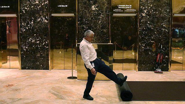 """مرحبا بكم في """"برج ترامب""""..."""