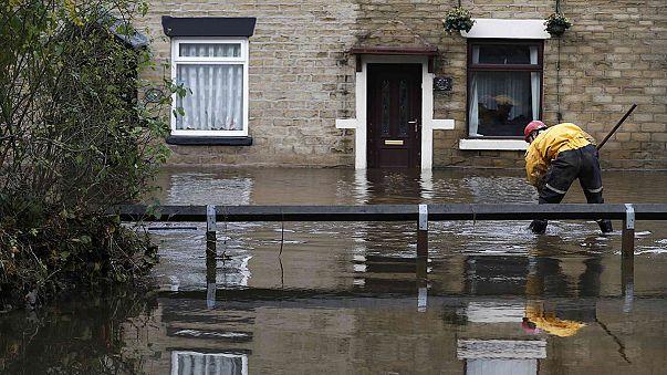 Grã Bretanha: Os estragos deixados pela tempestade Angus