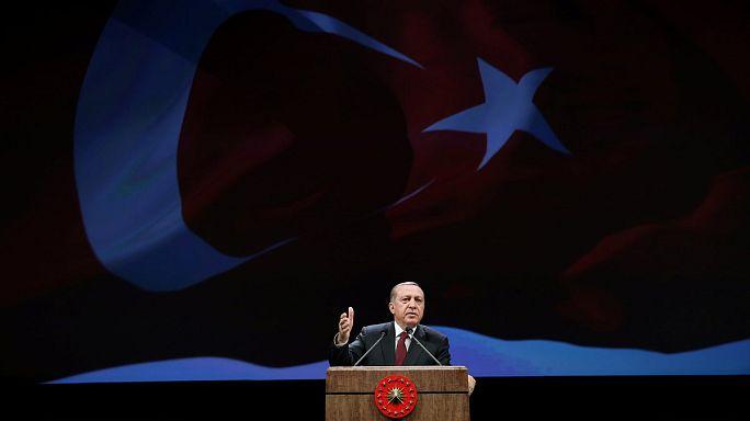 Erdogan dénonce le deux poids, deux mesures des Européens