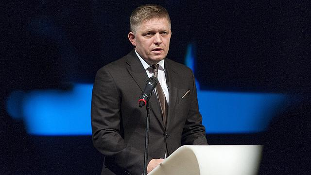 """Slovakian PM Fico calls journalists """"dirty prostitutes"""""""