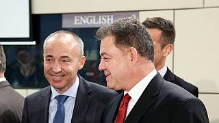 El ministro de Defensa búlgaro saliente, acusado de no respetar un acuerdo con Rusia
