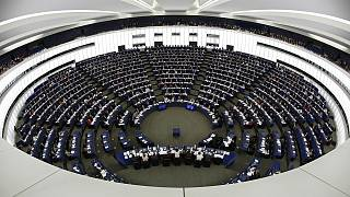 MEPs vote in favour of freezing EU-Turkey talks