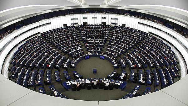 Los eurodiputados piden congelar las negociaciones con Turquía