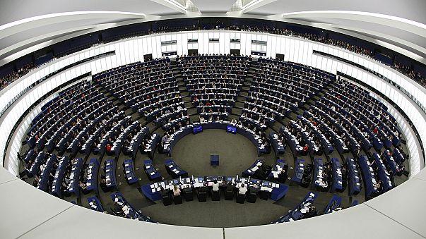 MEPs vote in favour of freezing EU-Turkey talks