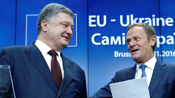 Trotz Gipfeloptimismus: Ukraine muss auf EU-Visafreiheit noch warten