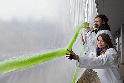 "Architects Claudia Pasquero and Marco Poletto say their ""algae curtains"" could absorb more than two pounds of carbon dioxide per day, or equivalent to roughly 20 large trees."