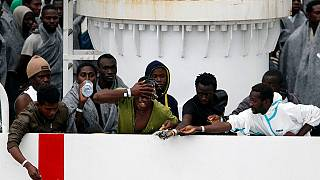 Italie : plus 600 migrants recus au port de Catane en Sicile