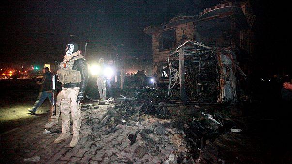 Száz halottja van az iraki benzinkúti robbantásnak