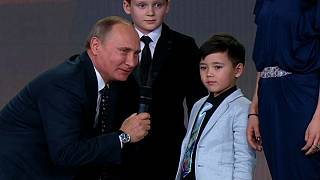 'The borders of Russia do not end' says Putin during awards ceremony