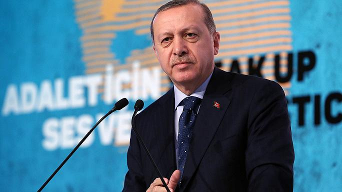 Turkey's President Erdogan threatens Europe with new wave of refugees