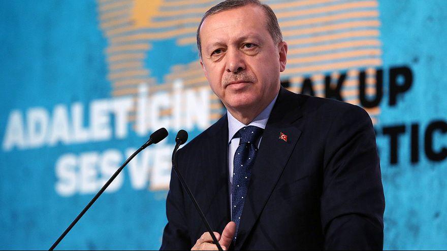 """Erdogan droht der EU: """"Wir machen die Grenzübergänge auf"""""""